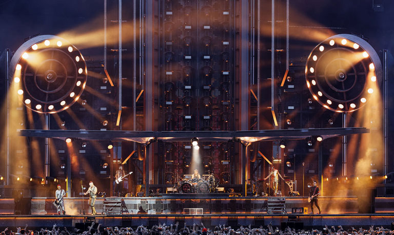 rammstein live show stage design
